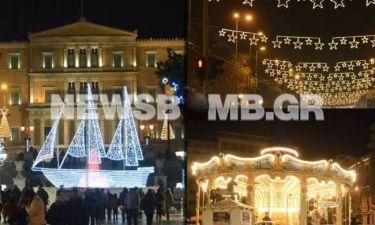 Δείτε χριστουγεννιάτικες εικόνες από το κέντρο της Αθήνας