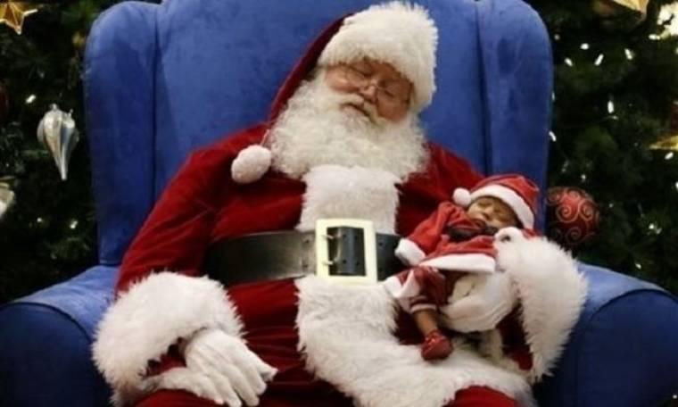 Αυτή είναι η πιο τρυφερή και δημοφιλής χριστουγεννιάτικη φωτογραφία στον κόσμο!(εικόνα)
