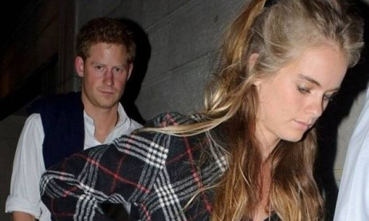 O άτακτος Prince Harry θα αφήσει τη βασιλική οικογένεια για ρομαντικές διακοπές με την...