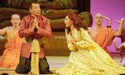 Δείτε τον Νίκο Μουτσινά στον πρώτο του ρόλο στο θέατρο πριν από 12 χρόνια!