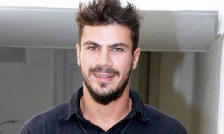 Άκης Πετρετζίκης: Από τη λογιστική στη μαγειρική!
