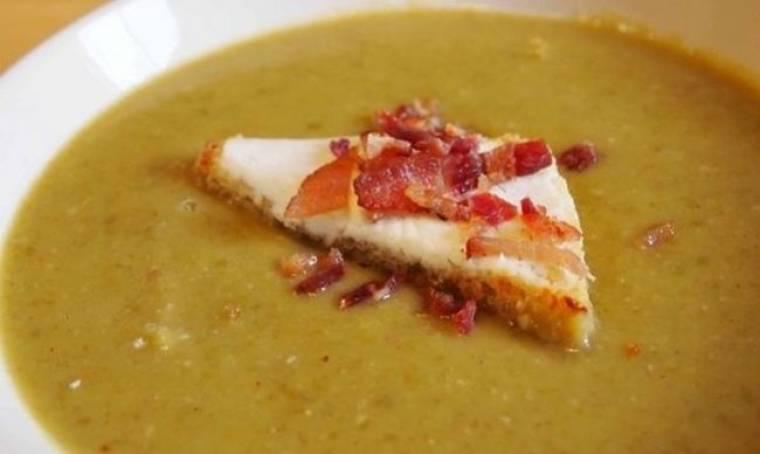 Συνταγή για υπέροχη σούπα αρακά με μπέικον