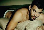 """Έλληνας τραγουδιστής δηλώνει: """"Όταν η κοπέλα μου με απάτησε, δεν την χώρισα"""""""