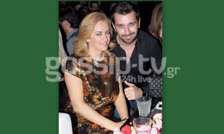 Θάνος Πετρέλης: Διασκέδασε με την γυναίκα του στο Vox