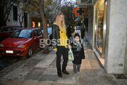 Στις πασαρέλες σούπερ model, στον δρόμο τρυφερή μαμά!