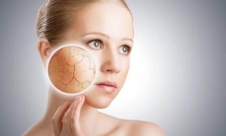 Οι κακές συνήθειες που καταστρέφουν το δέρμα μας