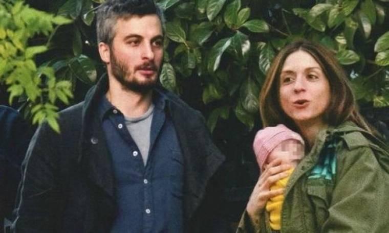 Καρβέλα-Πανουργιάς: Η πρώτη βόλτα στην Ελλάδα με τον γιο τους!