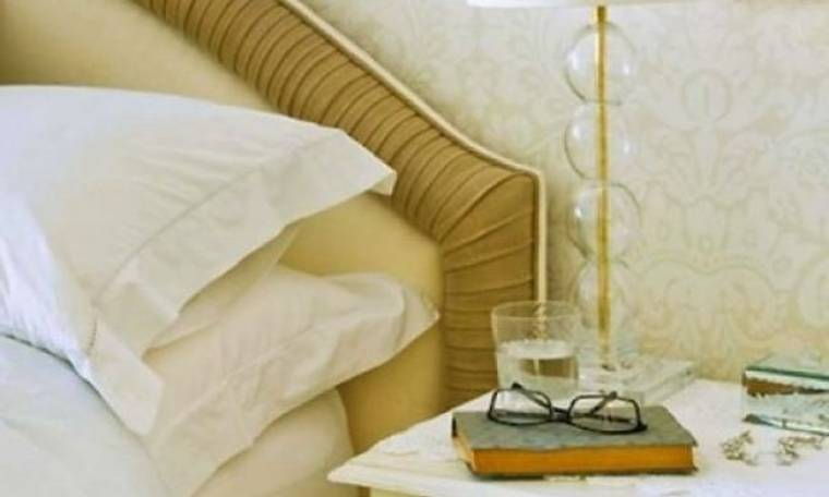 Ένα πρωτότυπο κόλπο για να καθαρίσετε το μυαλό σας και να κοιμηθείτε καλύτερα