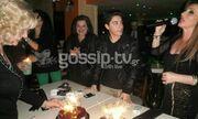 Πασίγνωστη τραγουδίστρια γιόρτασε με τον 14χρονο γιο της τα γενέθλιά του και την γιορτή του (φωτογραφίες)