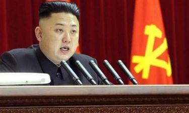 «Φήμη» ότι ο Κιμ Γιονγκ-Ουν πέταξε τον θείο του σε πεινασμένα σκυλιά
