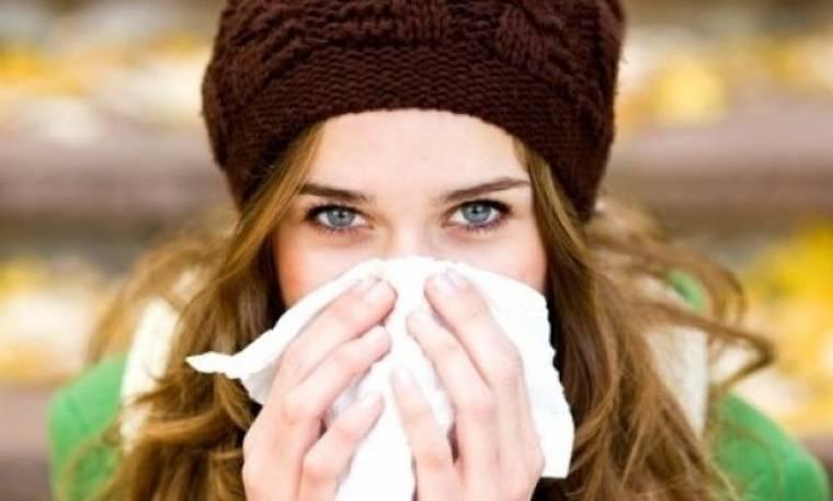 4 σημάδια ότι μπορεί να έχετε κάτι πιο σοβαρό από ένα απλό κρύωμα