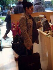 Shopping για την εγκυμονούσα Μαριάντα Πιερίδη!