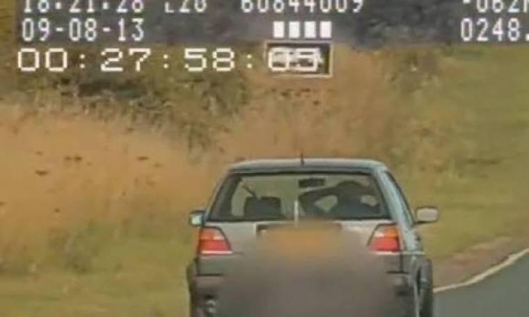 Επικίνδυνος οδηγός πιάστηκε στα πράσα από την τροχαία (βίντεο)