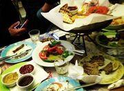 Πήγε στην Κρήτη και το έριξε στο… φαγητό!