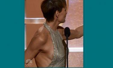 «Χρυσές Σφαίρες»: Πήρε το βραβείο της, αλλά φάνηκε το στήθος της