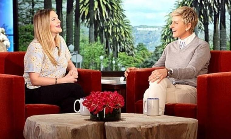 Drew Barrymore: «Στη δεύτερη εγκυμοσύνη μου τρώω ό,τι βρω μπροστά μου και έχω χοντρύνει πολύ»