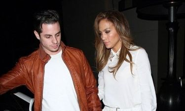 H Jennifer Lopez απαντά αν θα παντρευτεί τον 26χρονο Casper!
