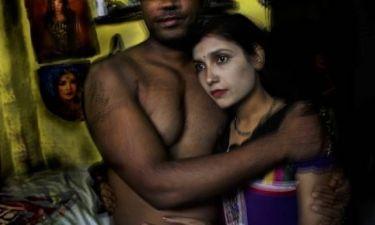 Σοκαριστικές εικόνες! Σκλάβες του σεξ στην Ινδία