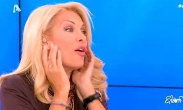 Απολαυστικό βίντεο: Η Ελένη Μενεγάκη παραδέχεται ότι… είναι «κουφή»!