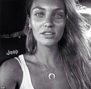 Ξεσηκώνει το instagram με τις σέξι φωτογραφίες της η…