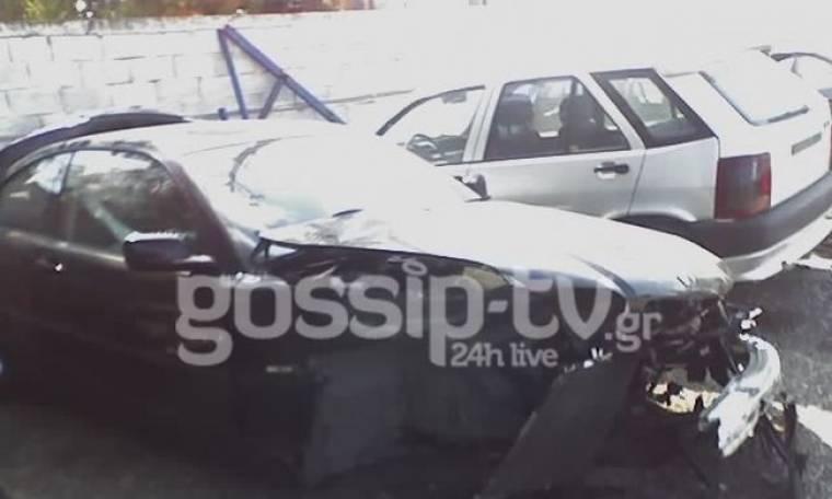 Εικόνα Σοκ: Τραγουδίστρια τούμπαρε με το αυτοκίνητό και οι διερχόμενοι δε βοήθησαν… την λήστεψαν (Nassos blog)