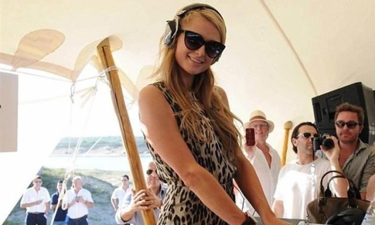 Paris Hilton: Ταξίδι στην Παραγουάη