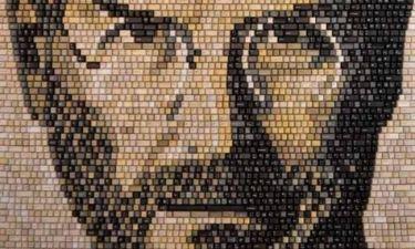 Πορτρέτο του Στιβ Τζομπς από 5.892 πλήκτρα!