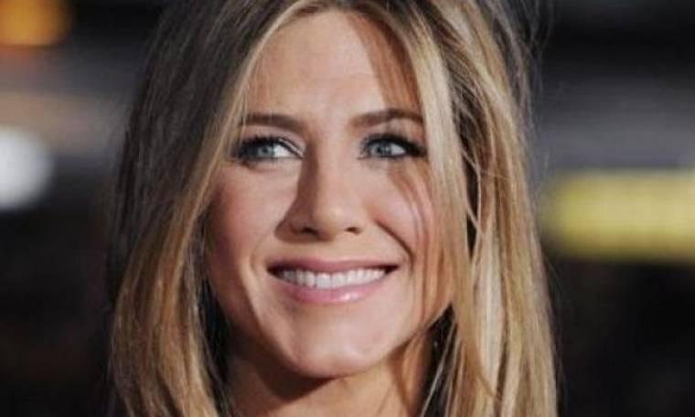 Jennifer Aniston: Θα αποκτήσει μωρό μέσω... παρένθετης μητέρας;