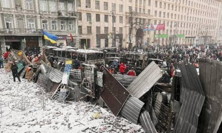 Ουκρανία: Νεκρός διαδηλωτής σε επεισόδια με την αστυνομία (video)
