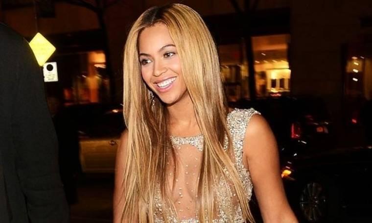 Beyonce: «Στο διαδίκτυο γράφονται φήμες που δεν έχουν ίχνος αλήθειας»