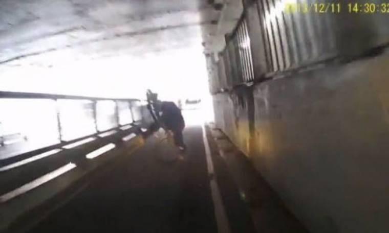 Ο μεθυσμένος ποδηλάτης (βίντεο)