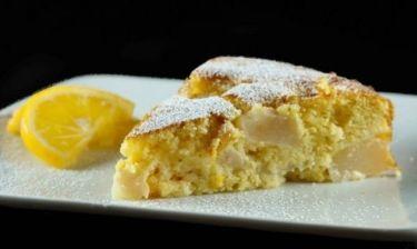 Συνταγή για πανεύκολο κέικ λεμονιού χωρίς μίξερ