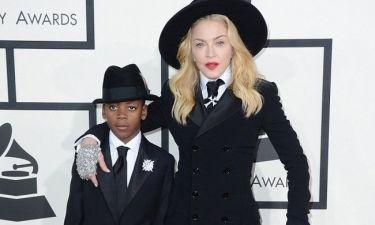 Βραβεία Grammy: Η εντυπωσιακή εμφάνιση της Madonna με τον γιο της David
