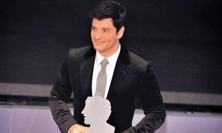 Σάκης Ρουβάς: Στην Κύπρο για την παρουσίαση του «Άντρας της χρονιάς»