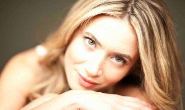 Αθηνά Ανδρεάδη: Πώς έπεισε τον πατέρα της ν' ασχοληθεί με το τραγούδι;
