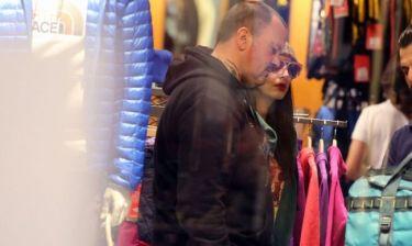 Σκαρμούτσος-Ντάνα: Βόλτα και ψώνια σε εμπορικό κέντρο