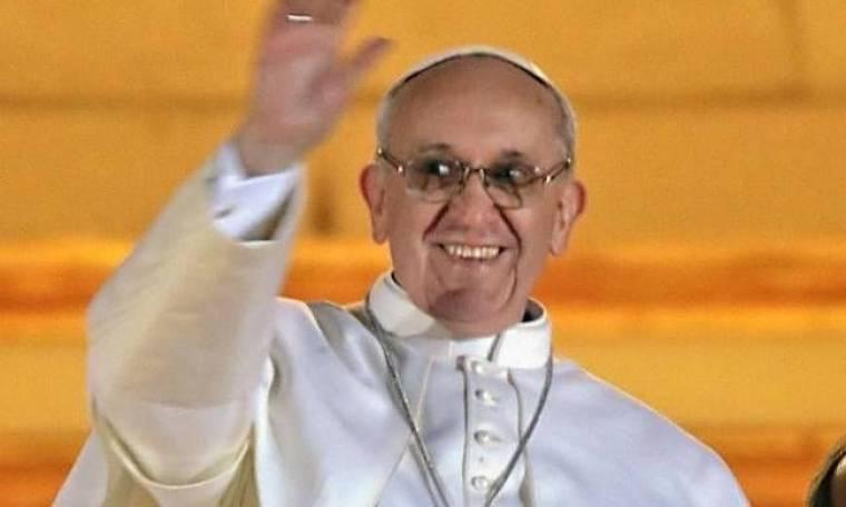 Η μοτοσικλέτα του πάπα Φραγκίσκου πουλήθηκε για 210.000 ευρώ