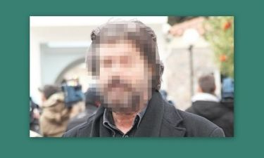 Δεν θα πιστεύετε ποιος γνωστός ηθοποιός θα εμφανίζεται γυμνός στη σκηνή της Αθήνας