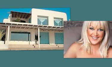 Ρούλα Κορομηλά: Γιατί πούλησε το σπίτι στην Μύκονο;