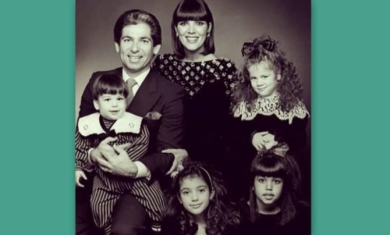 Οι αδελφές Kardashian τίμησαν την μνήμη του πατέρα τους (φωτό)