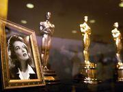 Meryl Streep-Katharine Hepburn: Ποια έχει πάρει τα περισσότερα Oscar;