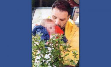 Το τρυφερό φιλί του Γρηγόρη στο γιο του!
