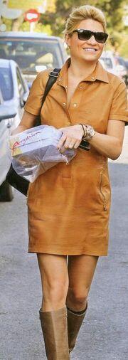 Φαίη Σκορδά: Με ένα κουτί γλυκά στον 6ο μήνα της εγκυμοσύνης της!