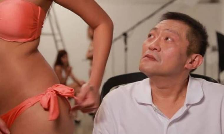 Ο άνθρωπος με τη... χειρότερη δουλειά στον κόσμο (vids)