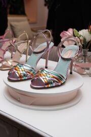 Sarah Jessica Parker: Παρουσίασε την συλλογή παπουτσιών της