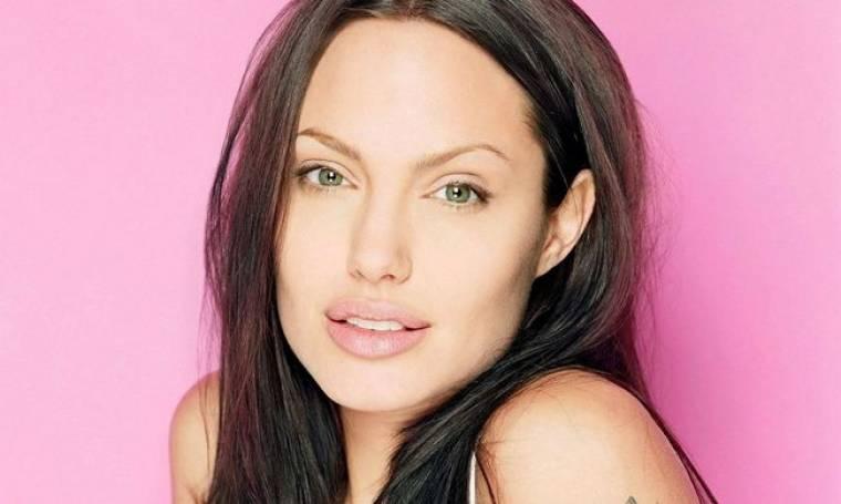 Angelina Jolie: Έκανε ιδιαίτερα μαθήματα μαγειρικής και μπαίνει στην κουζίνα!
