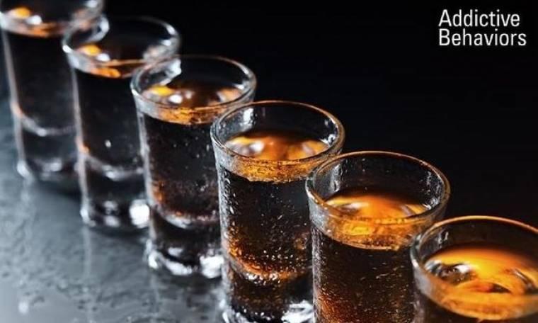 Μήπως έχετε πρόβλημα με το αλκοόλ; Τα 8 ανησυχητικά «σημάδια»