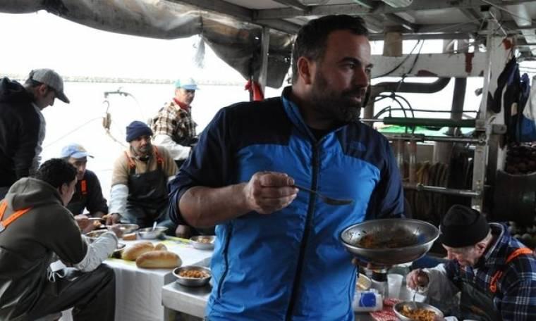 Ο Βασίλης Καλλίδης μαγειρεύει στην Θεσσαλονίκη