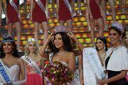 Έγιναν τα καλλιστεία στην Ρωσία! Βασίλισσα ομορφιάς μία… μηχανικός!