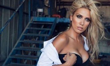 Η σέξι φωτογραφία που ανέβασε στο Twitter η Παπαβασιλείου και προκάλεσε… εγκεφαλικά!